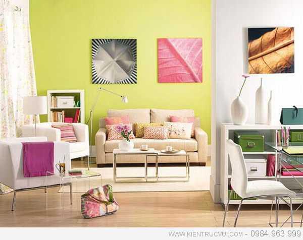 Màu sơn tươi sáng trong phòng khách tạo tâm lý tươi vui